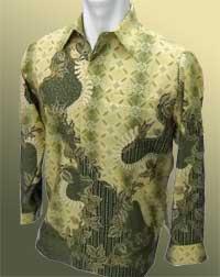 Batik L Panjang Dominan Hijau Corak Dedaunan dan Diamond'